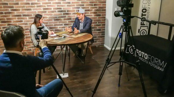 """Wywiad z reporterem Bartkiem Sabelą. """"PASJA PODRÓŻOWANIA, PASJA ŻYCIA""""."""